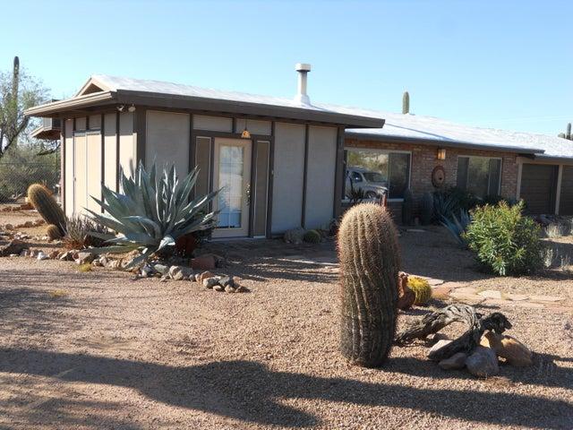 4725 N WOLVERINE PASS Road, Apache Junction, AZ 85119