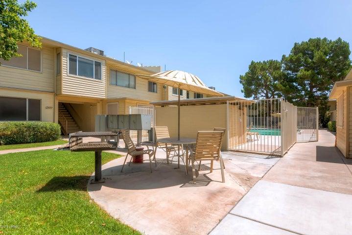 2555 W Rose Lane, A208, Phoenix, AZ 85017