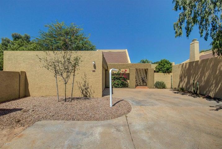 313 E AMBASSADOR Drive, Tempe, AZ 85281