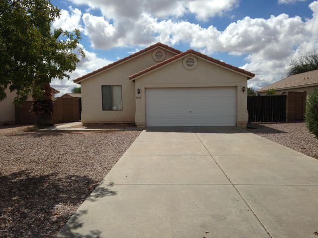1233 W 6TH Avenue, Apache Junction, AZ 85120