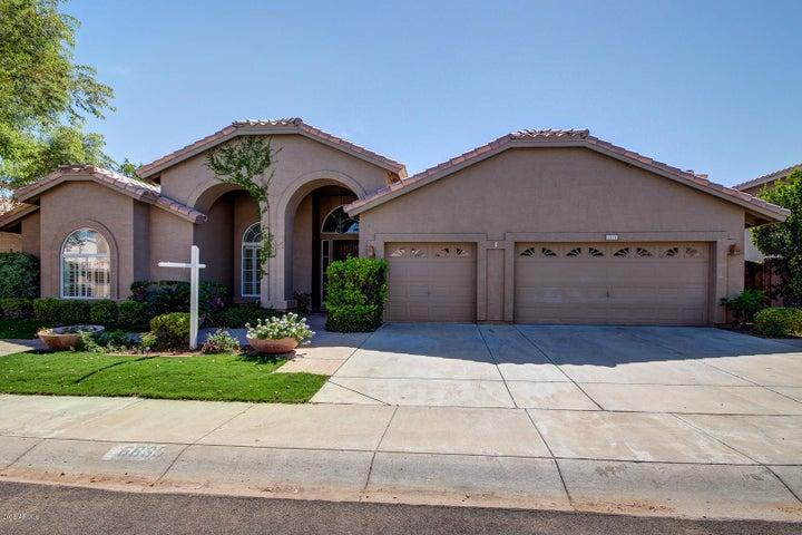 6835 E WINCHCOMB Drive, Scottsdale, AZ 85254
