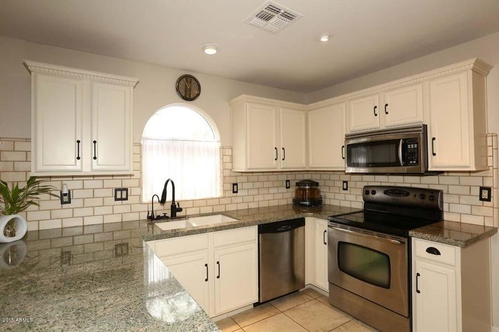 15550 N Frank Lloyd Wright Boulevard, 1105, Scottsdale, AZ 85260