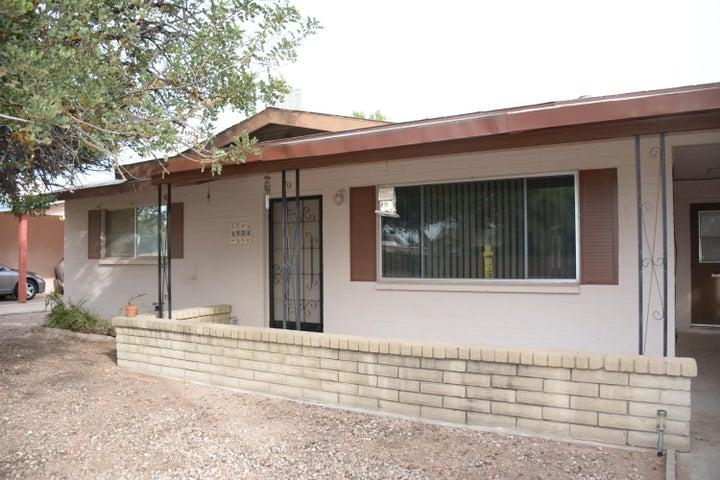 1521 S DELAWARE Drive, Apache Junction, AZ 85120