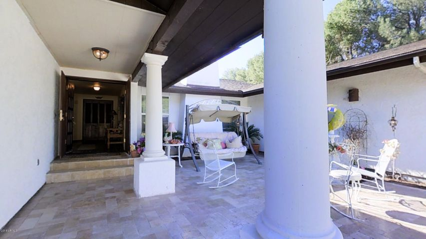 Delightful Entry Porch with Fountain & Stunning Travertine Tile