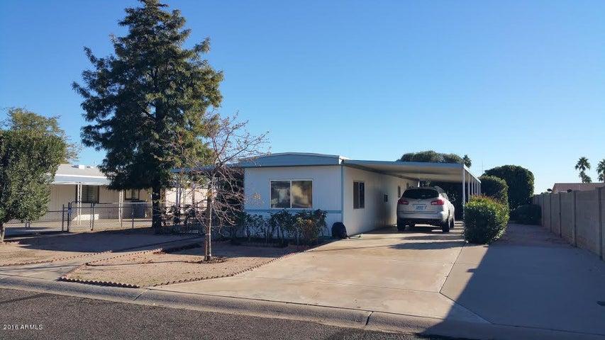 8513 E DEWBERRY Avenue, Mesa, AZ 85208