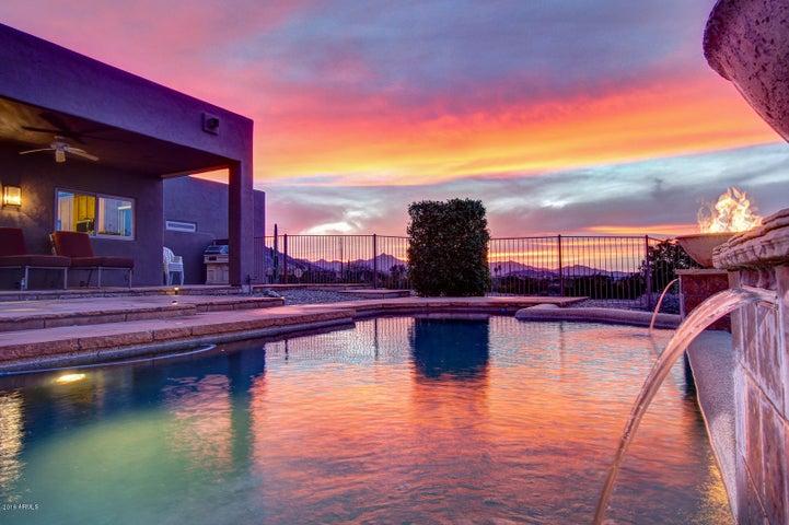2044 W OLNEY Avenue, Phoenix, AZ 85041