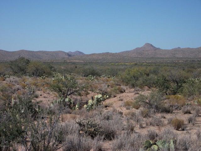01 BILL CLEGG Road, Lot 30, Congress, AZ 85332