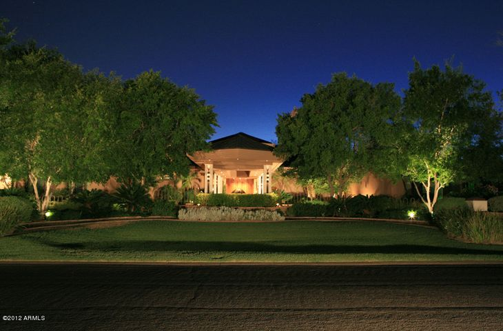 This residence was designed by Vernon Swaback, Architect and Apprentice to Frank Lloyd Wright for 22 years.