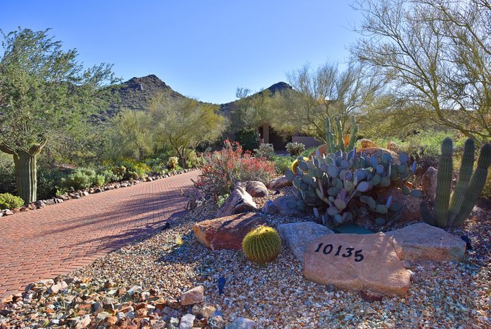 10135 E CALLE DE LAS BRISAS, Scottsdale, AZ 85255