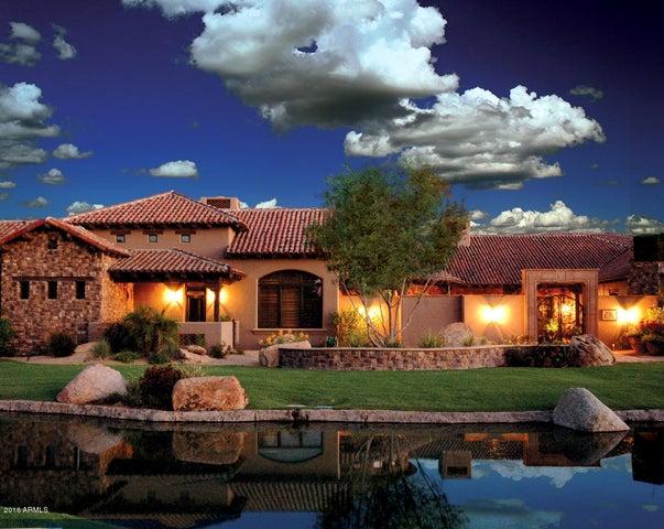 11 E OAKWOOD HILLS Drive, Chandler, AZ 85248