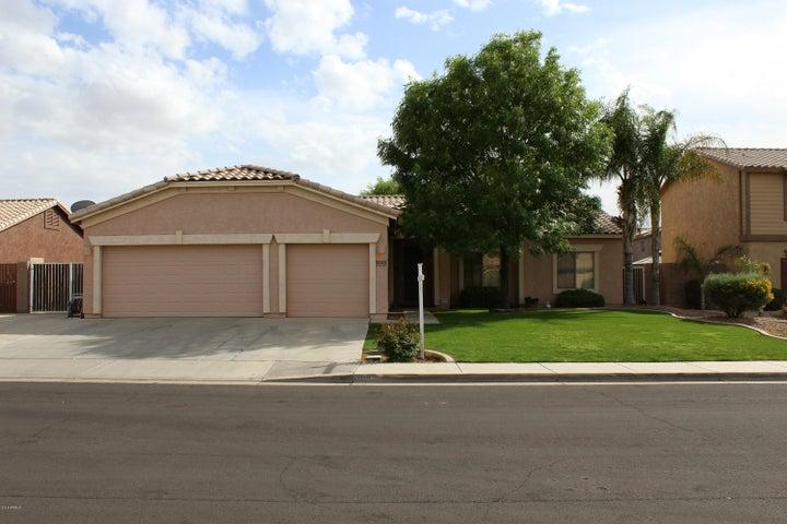 1085 E San Carlos Way, Chandler, AZ 85249