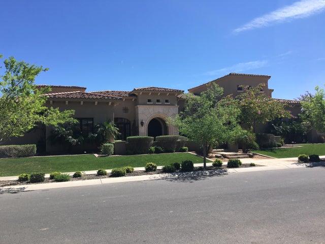 555 W Harmony Place, Chandler, AZ 85248