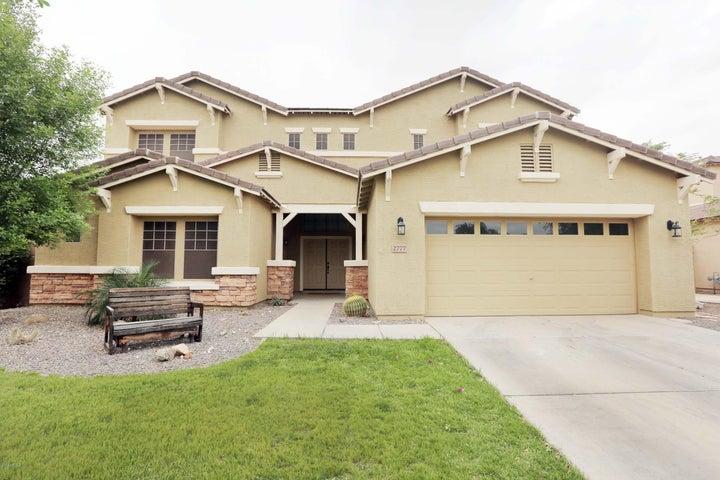 2777 E CRESCENT Way, Gilbert, AZ 85298