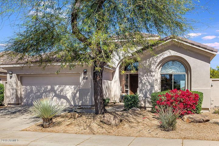 7704 E OVERLOOK Drive, Scottsdale, AZ 85255
