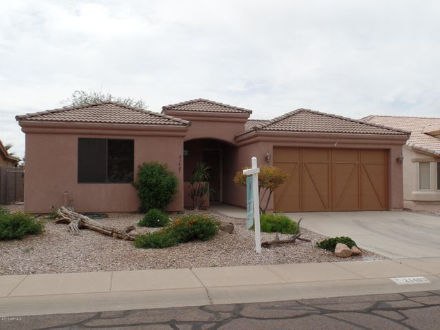 Home backs golf course and located in a cul de sac street!