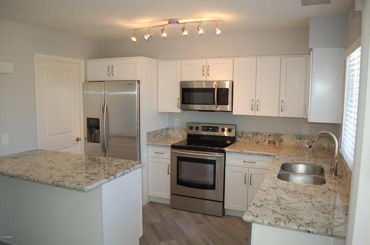 5851 N 81ST Street, Scottsdale, AZ 85250