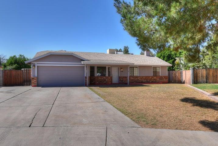 1100 N Alder Court, Gilbert, AZ 85233