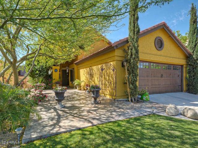 8047 E ROVEY Avenue, Scottsdale, AZ 85250