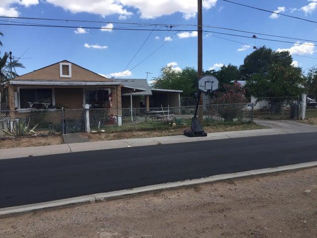 365 S HIDALGO Road, Chandler, AZ 85225