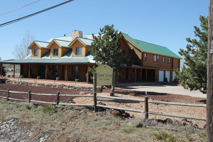 701 QUARTER HORSE Road, Williams, AZ 86046