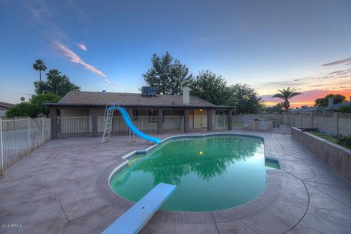 6534 W HIGHLAND Avenue, Phoenix, AZ 85033
