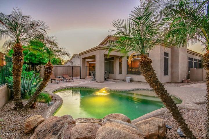 2115 E FAWN Drive, Phoenix, AZ 85042