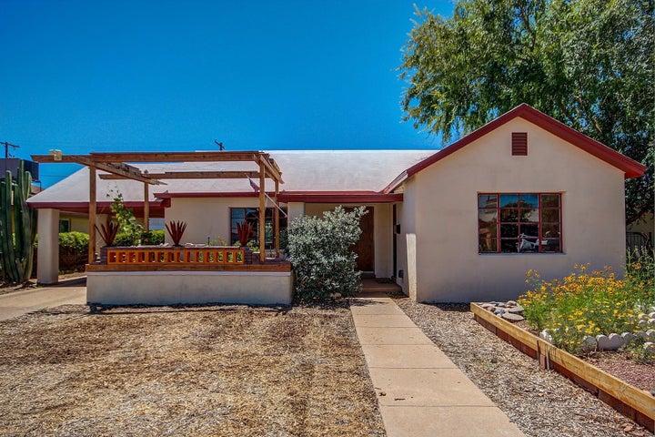 533 W PEPPER Place, Mesa, AZ 85201