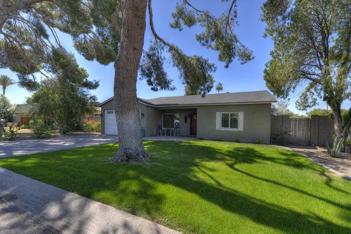 4001 E INDIANOLA Avenue, Phoenix, AZ 85018