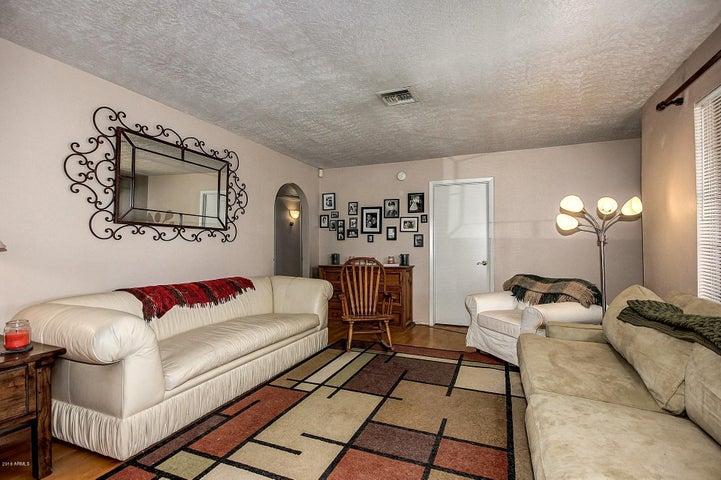 1017 W GEORGIA Avenue, Phoenix, AZ 85013