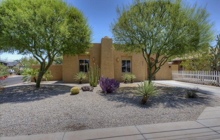 2521 N 14TH Street, Phoenix, AZ 85006