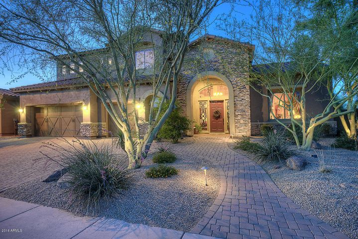 3952 E NOCONA Lane, Phoenix, AZ 85050