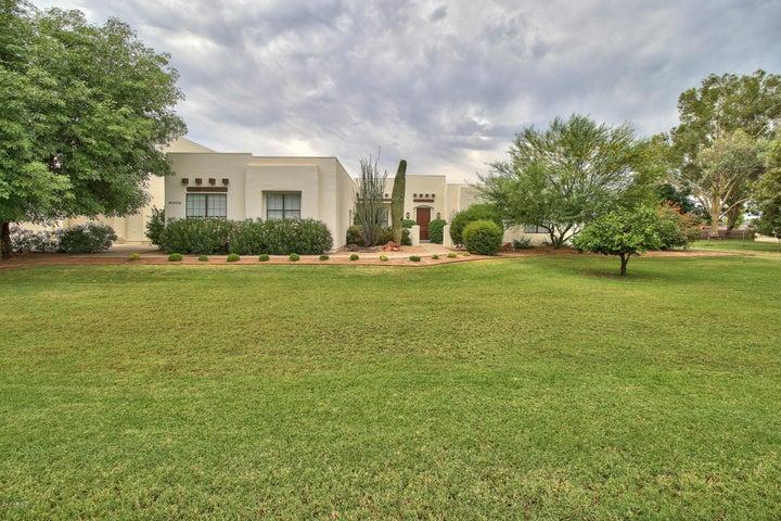 2643 E WASHINGTON Avenue, Gilbert, AZ 85234
