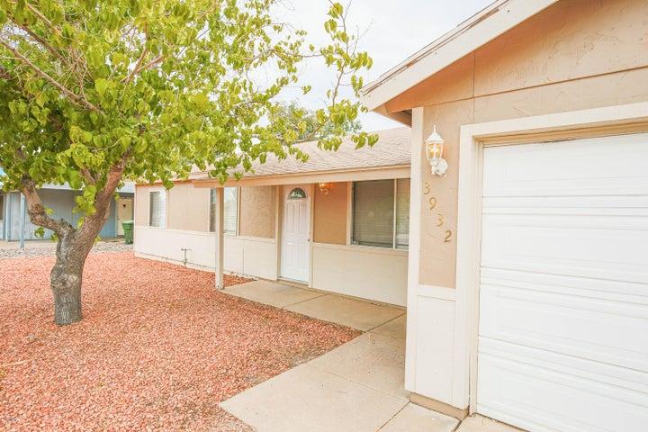 3932 E HILLERY Drive, Phoenix, AZ 85032
