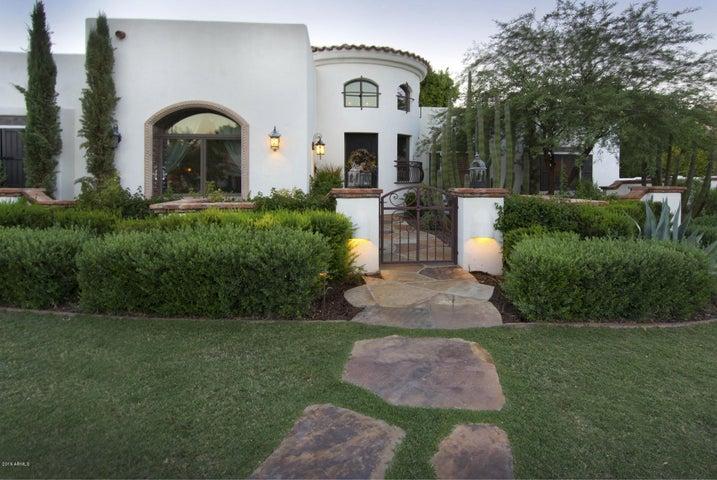 9310 S BALA Drive, Tempe, AZ 85284