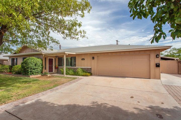 8044 E Cambridge Avenue, Scottsdale, AZ 85257
