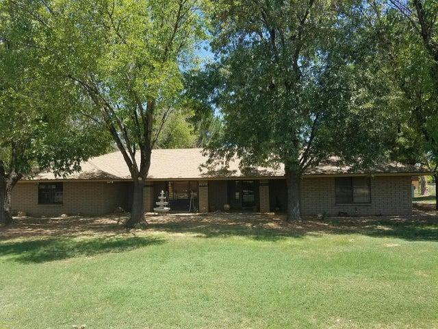 637 S CACTUS WREN Street, Gilbert, AZ 85296