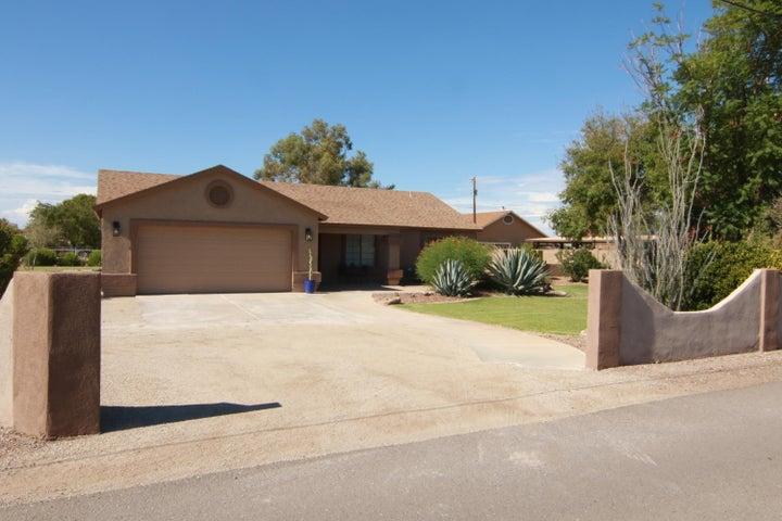 2442 E APPLEBY Road, Gilbert, AZ 85298