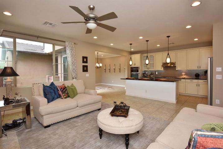 18568 N 94th Street, Scottsdale, AZ 85255