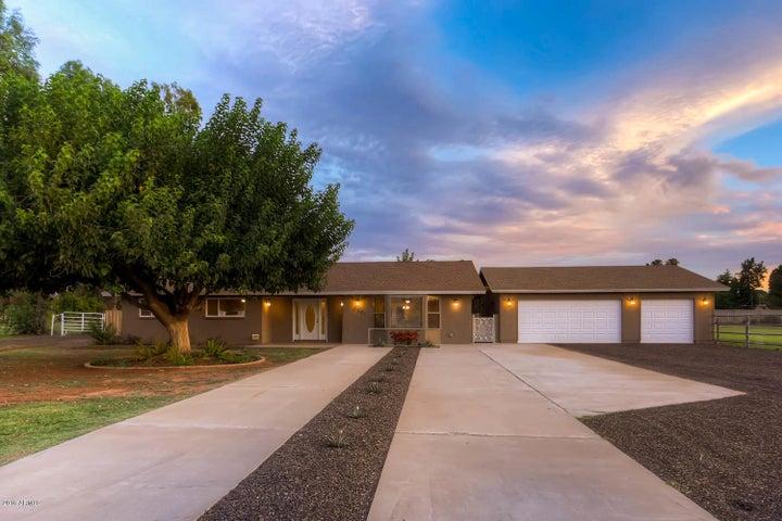 1321 E MESQUITE Street, Gilbert, AZ 85296