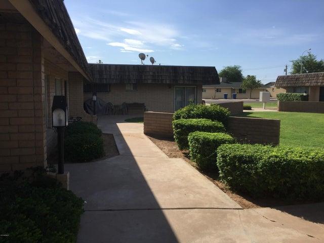 330 N COMANCHE Drive, 36, Chandler, AZ 85224