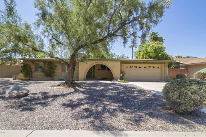 3831 E CHOLLA Street, Phoenix, AZ 85028