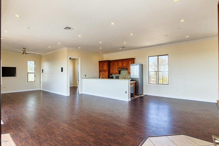 7747 E DALE Lane, Scottsdale, AZ 85266