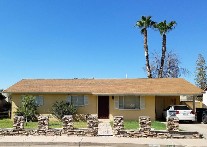 324 E PARK Avenue, Gilbert, AZ 85234