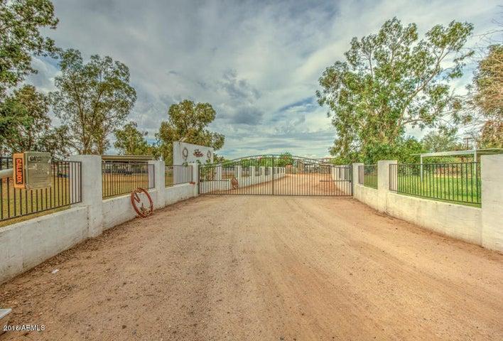 23360 S POWER Road, Gilbert, AZ 85298
