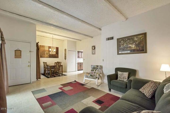 2437 E 7TH Street, Tempe, AZ 85281