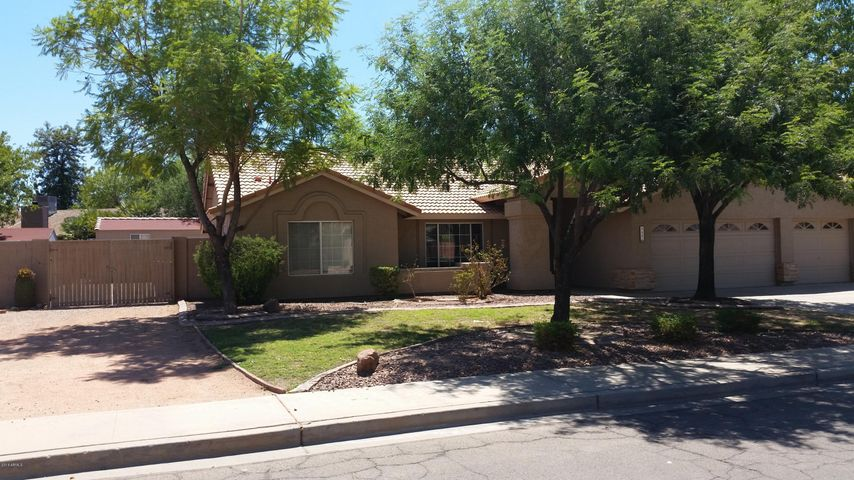 649 E SARATOGA Street, Gilbert, AZ 85296