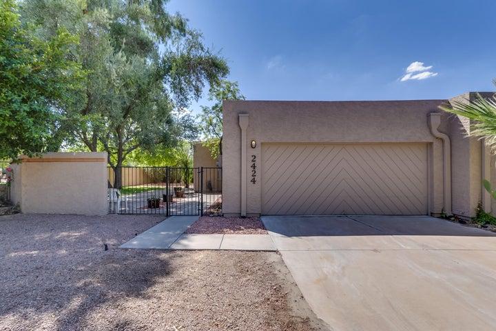 2424 S GRANDVIEW Avenue, Tempe, AZ 85282