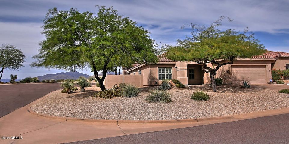 Large corner lot next to cul-de-sac with great north mountain views.