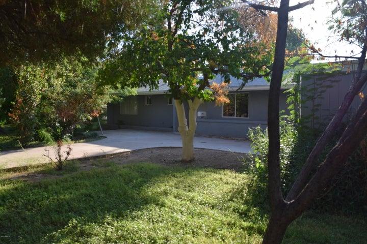 1202 W BETHANY HOME Road, Phoenix, AZ 85013