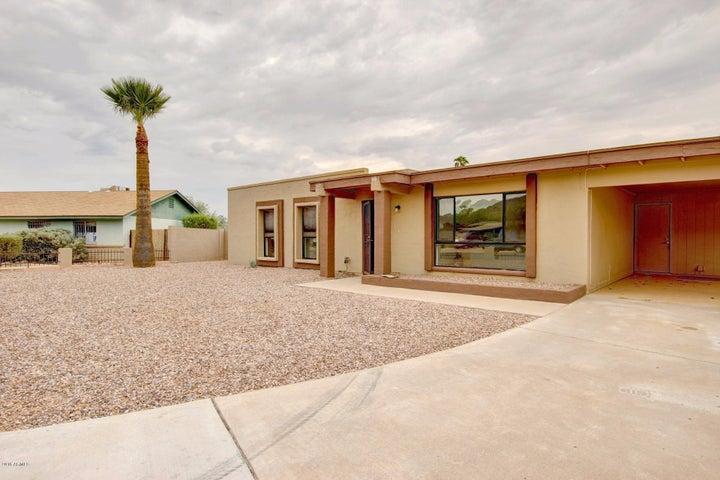 1750 E DESERT Drive, Phoenix, AZ 85042
